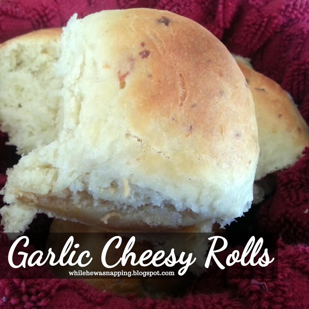 Garlic-Cheesy-Rolls