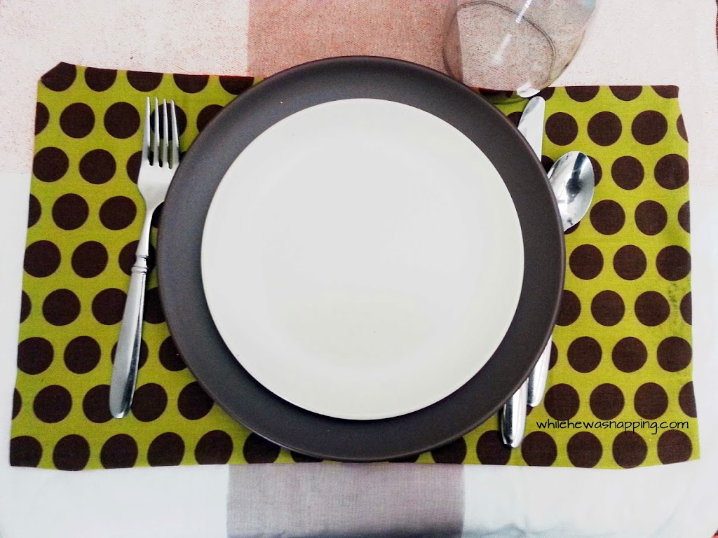 DIY No-Sew Placemats at Kid's Thanksgiving Table