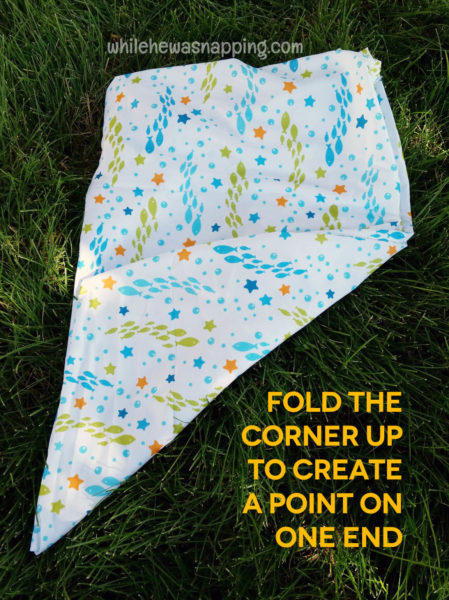 how to roll a fitted sheet create a point