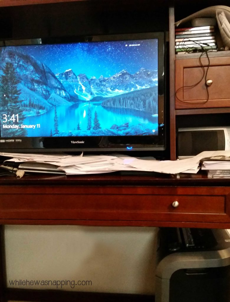Declutter Paper From These 9 Things for a More Peaceful Home Messy Desk